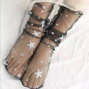 Accessories - 2 pairs of trendy socks